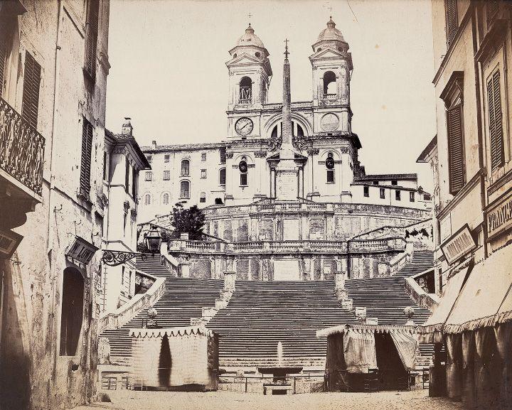 Piazza di Spagna – Scalinata di Trinità de' Monti Anno: fine 800