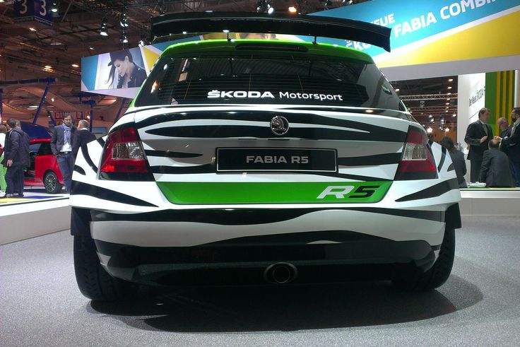 The exhaust centre pipe is deafening as you can hear via this link ---> http://goo.gl/6atgVg
