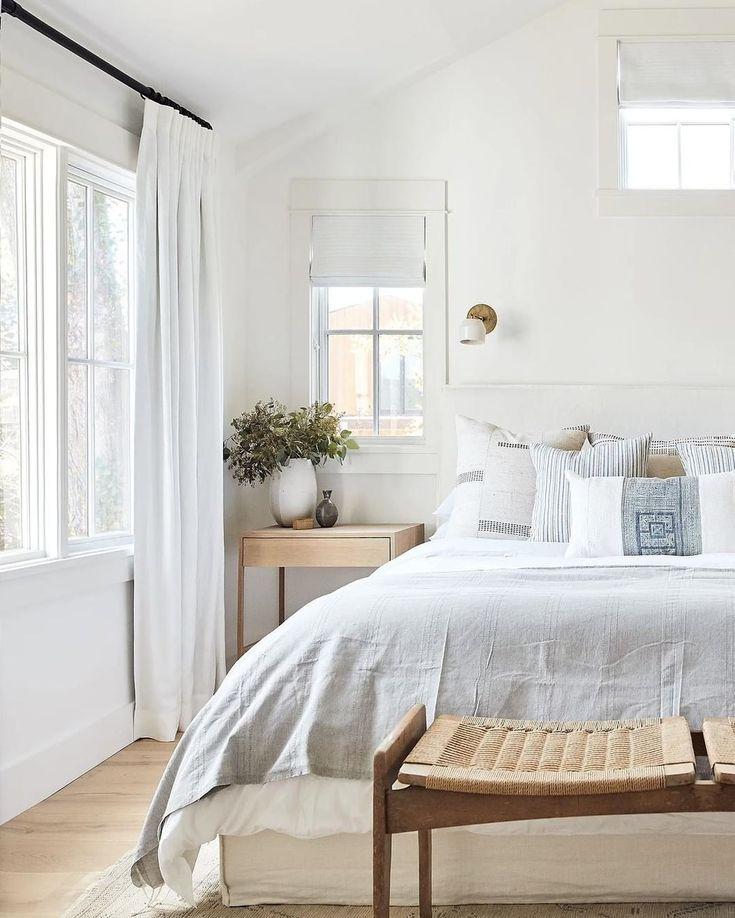 Neutral Master Bedroom Decorating Ideas: Light And Airy Wood And White Neutral Master Bedroom Ideas