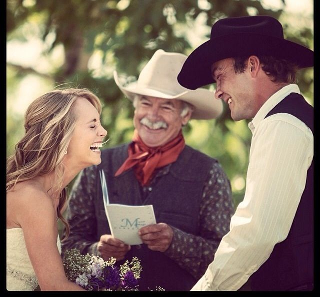 Amber Marshall on her wedding day. Love that contagious smile!