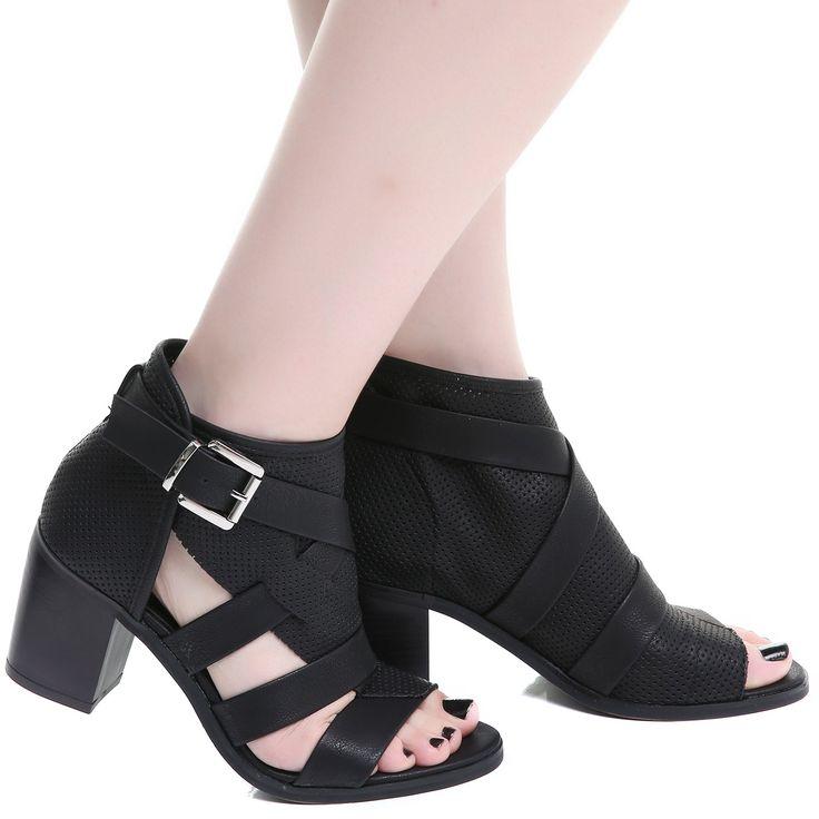 Zapatos Góticos Asimétricos Negros | Crazyinlove España