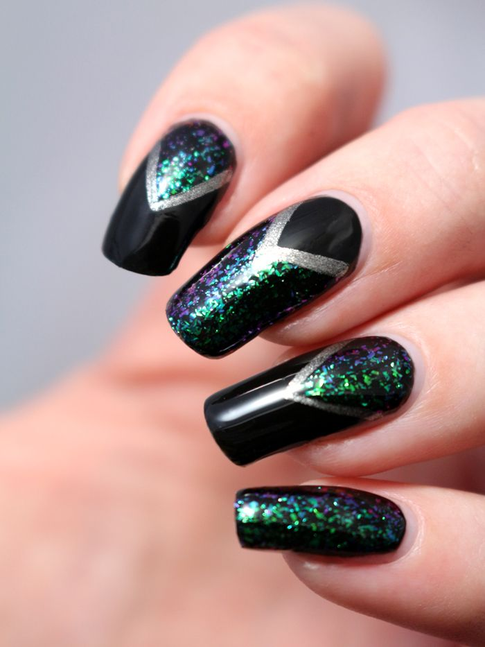 Nail art triangles scotch supernova ilnp flakies base vernis noir liner argent manucure ongles - Vernis a ongle noir ...