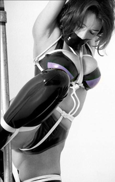 latex rope bondage