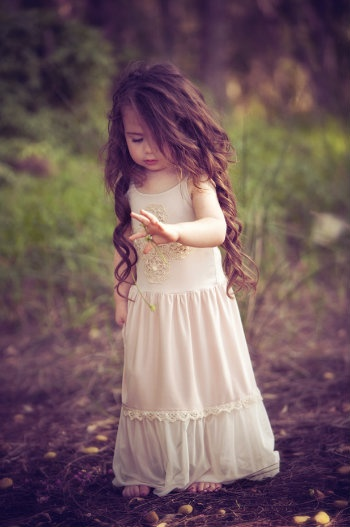 Flower Girls Dresses, Princesses Dresses, Little Girls Hair, Long Hair, Beautiful, Children, Kids, Long Curly Hair, Little Princesses