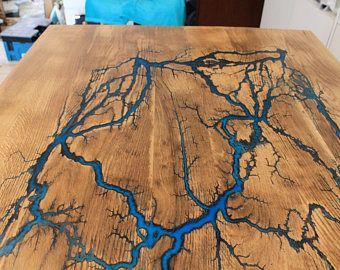 Verkauft Tisch Vom Schreiner Esstisch Mit Unikalem Blitzmotiv