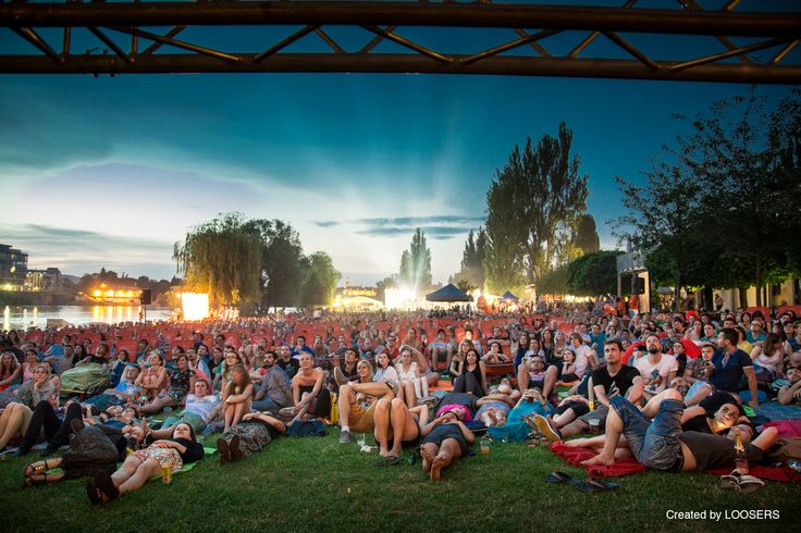 Aperol Spritz Open-air Cinema in Prague 2014 gathered first night more than 5500 people