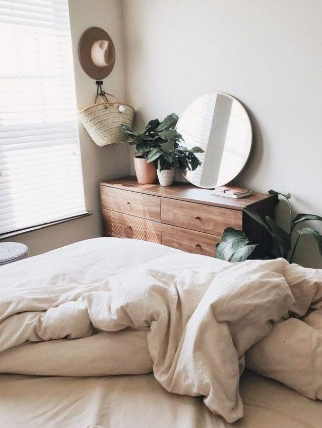 Bohemian Bedroom Ideas Are Able To Help You Create A Relaxing Laid Back Space Owing To That It Is In 2020 Urban Outfiters Bedroom Bedroom Design Home Decor Bedroom