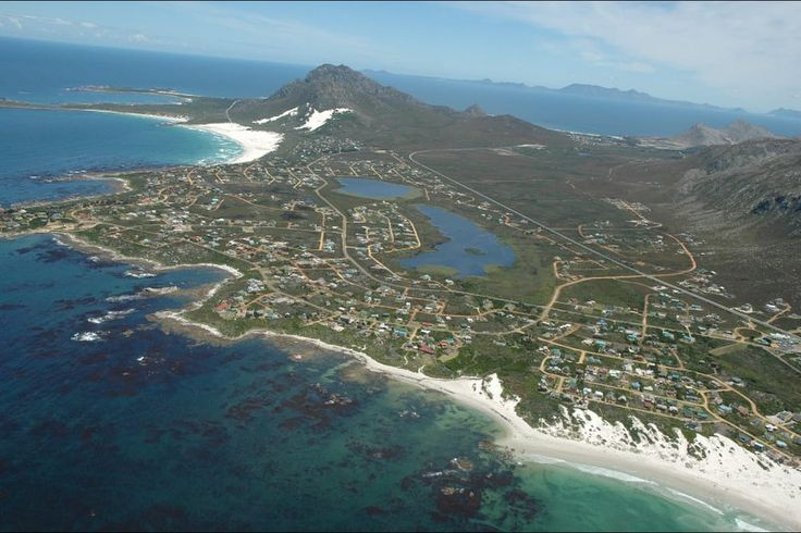 BOOK YOUR DECEMBER ACCOMMODATION NOW We have lovely holiday homes available for holiday rentals in Kleinmond on a lagoon at the small mouth of the Botriver on a narrow strip of land hugged on the one side by the Palmiet Mountain range and on the other by the Atlantic Ocean and Betty's Bay a coastal town situated between Kleinmond and Pringle Bay positioned in a narrow strip of land sandwiched between the Kogelberg Mountains and the Atlantic Ocean For bookings contact  028 271 3047 / 082 490…