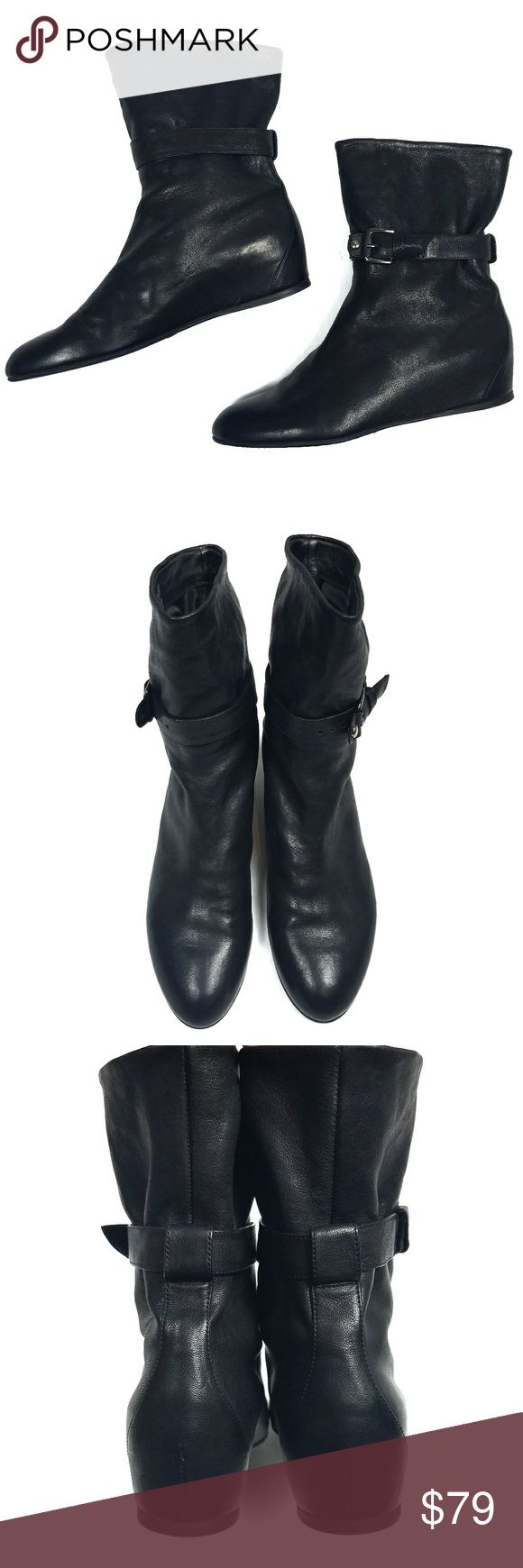 Stuart Weitzman Black Leather Ankle Boots 7M These understated Stuart  Weitzman ankle boots are made of leather and have a stretchy buckle strap  around the ...