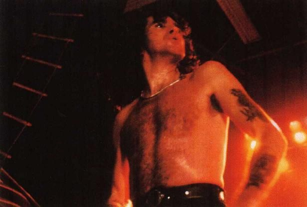 1979/12/10 - FRA, Grenoble, Alpexpo | Highway To ACDC : le site francophone sur AC/DC