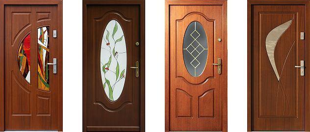 Przykładowe moedle klasycznych, drewnianych drzwi zewnętrznych