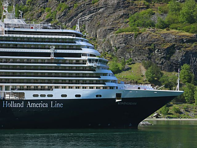 Up to $2400 in Value with Holland America Line
