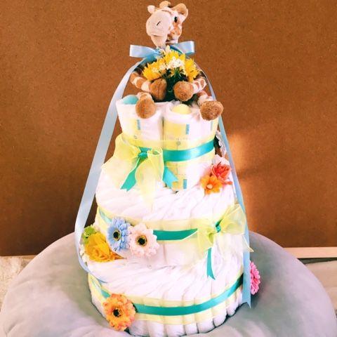 毛糸ズキ!: 友達の出産祝いにダイパーケーキ作りました(おむつケーキ)