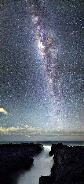Luc Perrot: Milchstraße über La Reunion im indischen Ozean