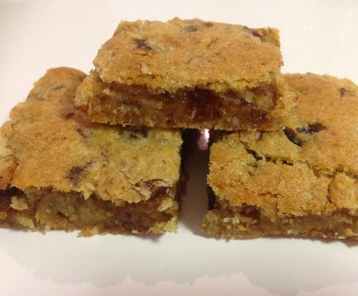 Recipe Chewy Date Slice