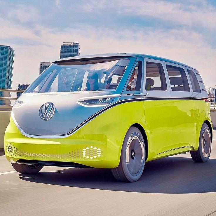 """Volkswagen ID Buzz Concept: Kombi do futuro vai ser produzida! Conceito que é um """"sucessor espiritual"""" da Volkswagen Kombi vai entrar em produção de série! A informação é de Herbert Diess diretor de marca da Volkswagen em entrevista a revista AutoExpress: """"Carros emocionais são muito importantes para a marca"""". Observando que a Volks vende muitos Beetles nos EUA Diess afirmou que """"também teremos o Microbus (Kombi) que mostramos que recentemente decidimos construir"""". O ID Buzz Concept foi…"""