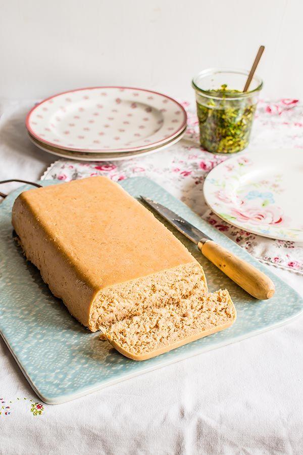 Pastel de cabracho (evitar las verduras, se puede poner alguna seta). Usar nata sin lactosa o vegetal