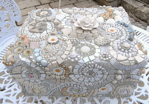 white mosaics  Have so much white.  Have to try this. It's gorgeous!