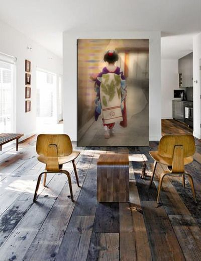 Really want to incorporate a huge photograph into my decor. Love this size and that it leans against the wall.