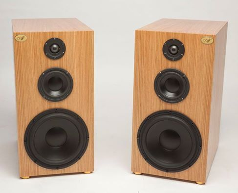 Audiofilia - High-End-Kompaktlautsprecher  made in Italy  - Vertrieb für Deutschland und Österreich: www.authentic-sound.com  Kompaktlautsprecher AF-S3 VK 3360,- Euro