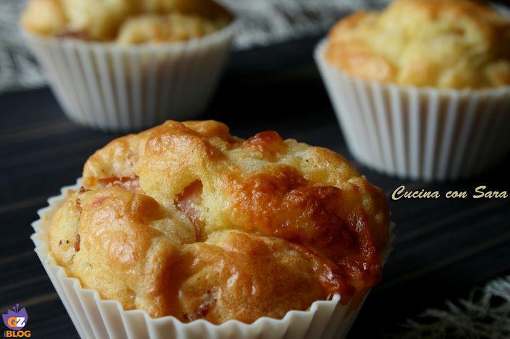 Muffins salati con scamorza e cotto