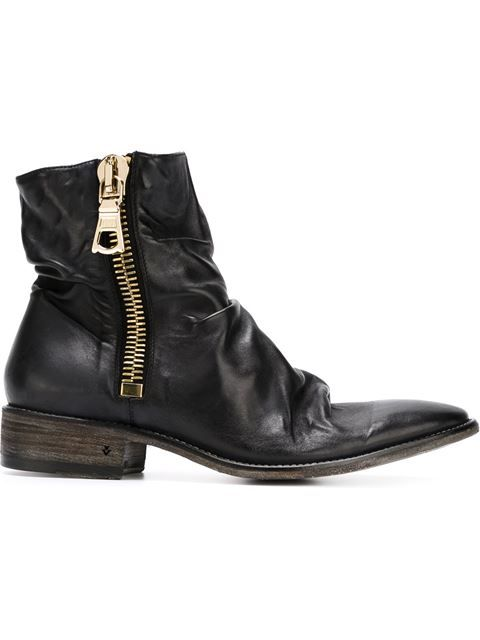 John Varvatos Distressed Zipped Ankle Boots - 650.41 € http://www.farfetch.com/me/shopping/men/john-varvatos-distressed-zipped-ankle-boots--item-11071839.aspx?storeid=9462&ffref=lp_pic_634_0_