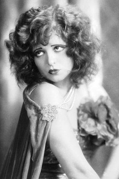 Clara Bow ca. 1920s | 1920s Flapper Beauty | Pinterest