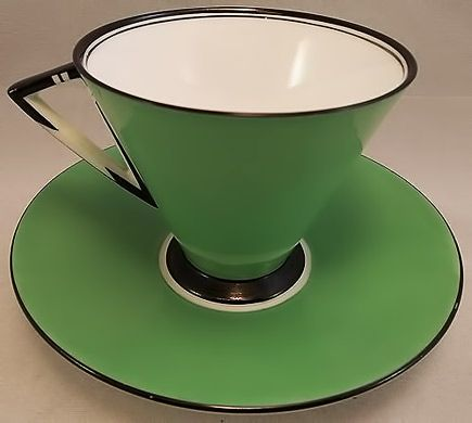 Shelly Art Deco saucer and cup 1930-1931