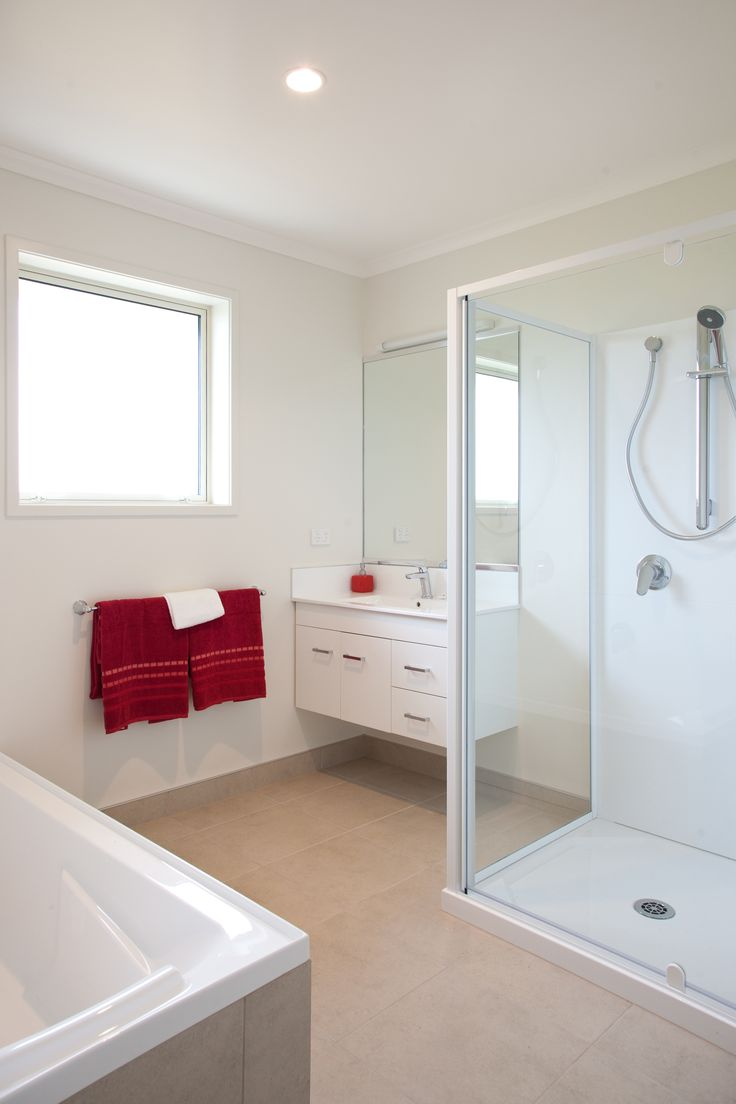 Clean lines and a nice big shower in this G.J. Gardner bathroom.