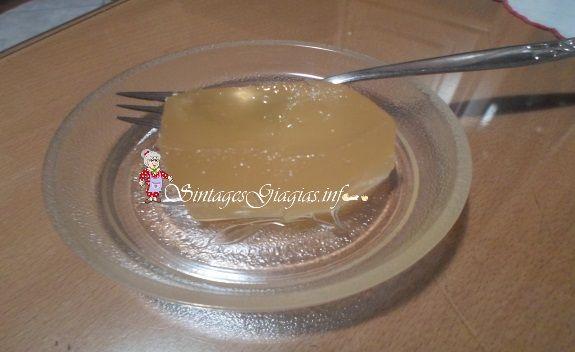 Υλικά  3 κιλά κολοκύθι άσπρο κομμένο σε κομμάτια 2 κιλά ζάχαρη 5-6 σταγόνες χυμό λεμονιού 2 φλιτζάνια του τσαγιού νερό 1 κλωναράκι αρμπαρόριζα ασβεστόνερο