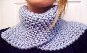Knit Scarflette Pattern Free : Miss Sadies Scarflette ~ A Free Knitting Pattern cuellos tejidos Pin...