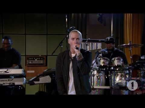 ▶ Eminem - Stan Live w/Band For BBC Radio 1 - YouTube
