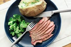 London broil can be confusing, because it's the name given to a top round steak; it's also the name of a beef dish. As a dish, London broil is so named because of the cooking technique involved. Cooking London broil, either the steak or the dish, in a convection oven means the dish is ready …