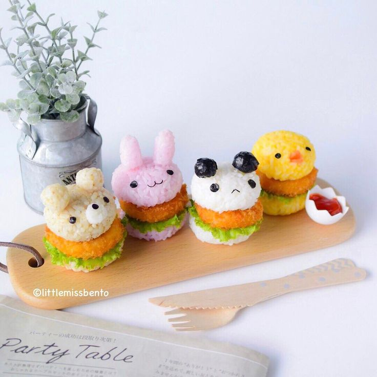 "11.2k Likes, 91 Comments - Little Miss Bento・Shirley シャリー (@littlemissbento) on Instagram: ""♥Mini Rice Burgers with Crab Croquettes  My colleagues loved them and said they looked like…"""