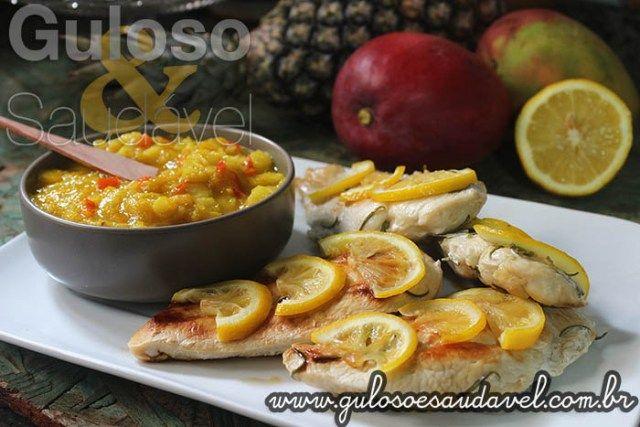 #BomDia! Este Peito de Frango Grelhado com Limão Siciliano e Chutney é uma deliciosa opção de #almoço rápido (pronto em 15 minutos), saudável e requintado.    #Receita aqui: http://www.gulosoesaudavel.com.br/2016/01/16/peito-frango-grelhado-limao-siciliano-chutney/