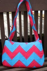 Chevron Purse | AllFreeSewing.com