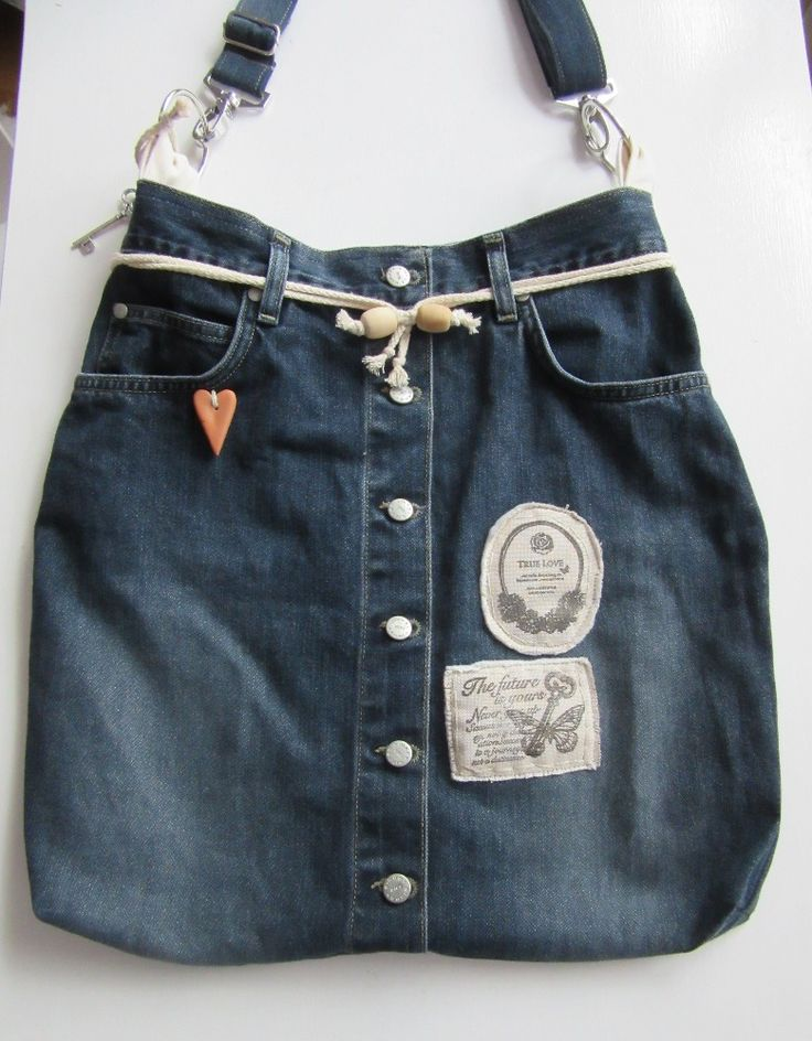 Zany with the hip designs and unusual cutting drawstring with front buttons and little hart, key ideas make her hand bags stand out. The best shoulder bags that match your tastes and with its lightweight design for shoulder or cross body wear and with adjustable strap for perfect fit. Easy strap disconnect with swivel snap hooks for machine washing The inside pockets are a perfect it for your phone or keys, this shoulder bag has a snap closure and is fully lined and padded for a soft finish.
