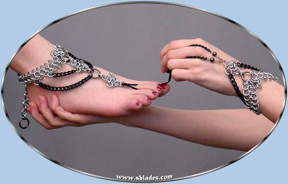 Chainmail & More Raven Barefoot Sandal slave anklet jewelry, Gothic chain mail foot jewelry anklet