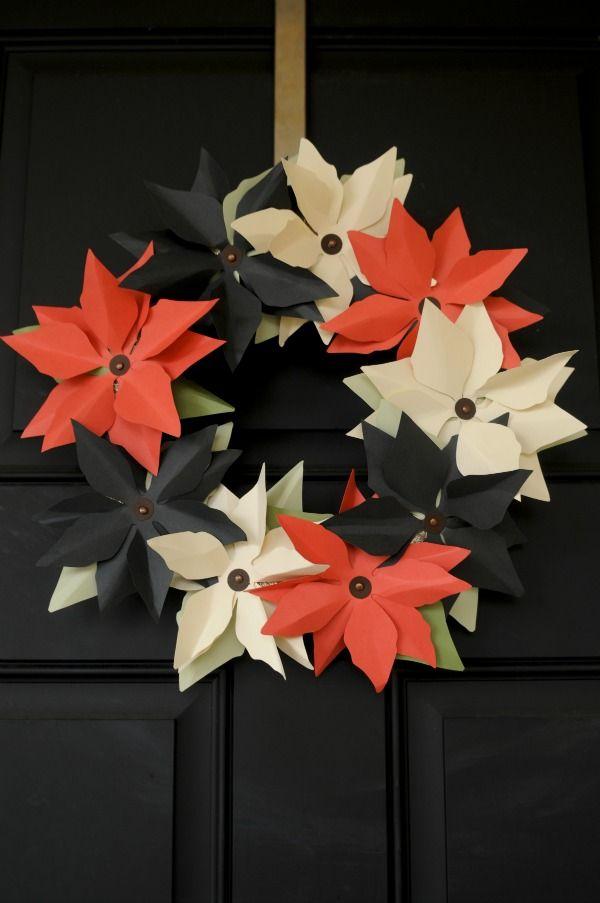 DIY: paper Poinsettia wreath