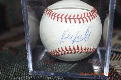Kirby Puckett Signed Baseball