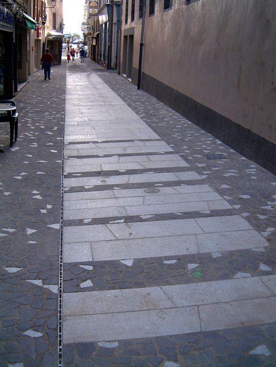 St Flour Pavement By Insitu Landscape Architecture 09