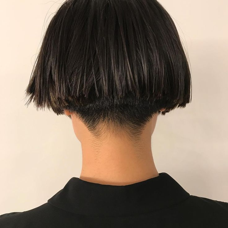 """25 Likes, 1 Comments - Know hair studio (@knowhairstudio) on Instagram: """"明けましておめでとうございます 本日から営業スタートです。 新年からキレッキレのカットを提供し、迎えました。 今年もどうぞよろしくお願い致します Hair by noku…"""""""