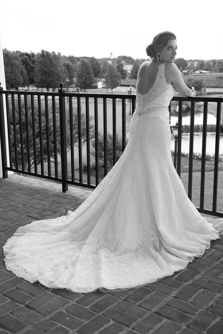 latin bride with lace wedding dress