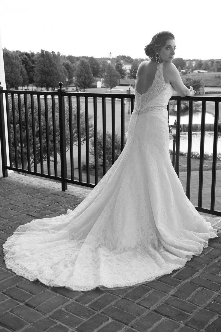 latin bride with lace wedding dress