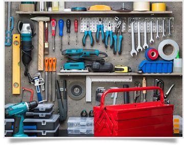 """Ya es hora de que tus herramientas luzcan impecables en un espacio donde el orden de lugar a una mayor eficicencia en tus proyectos de bricolaje. No te pierdas nuestro momento """"Cómo organizar tu taller""""."""