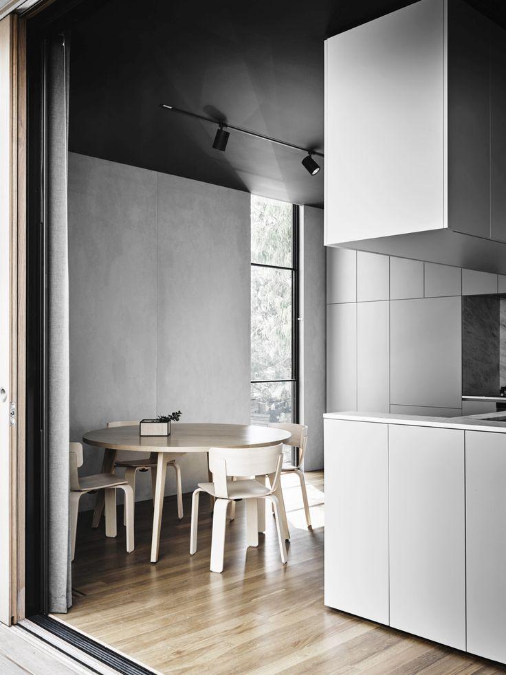 Burnley house / Rob Kennon architects