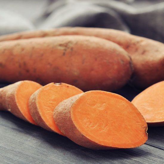 Make homemade dog chews from dehydrated sweet potatoes. Recipe in this MOTHER EARTH NEWS article.