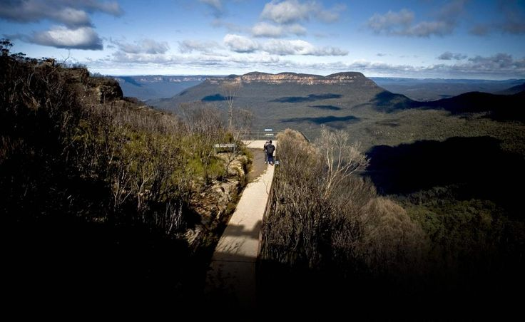 Discover panoramic views of the World Heritage-listed Blue Mountains from the Scenic Cableway.
