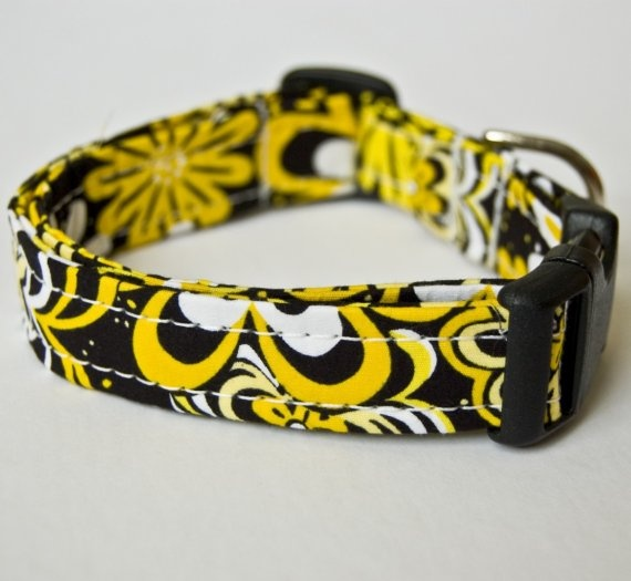 Summer Daisies Handmade Dog Collar