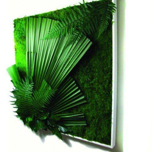 Картина из стабилизированного мха и растений